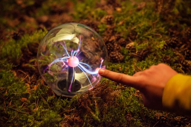 'touch the plasma' by Olga Kruglova on Flickr